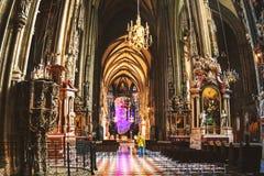 Catedral interna de Stephen em Viena fotografia de stock royalty free