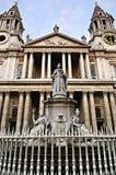 Catedral Londres de San Pablo Imágenes de archivo libres de regalías