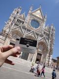 Catedral metropolitana de St Mary de la suposición - Siena foto de archivo
