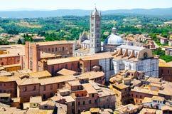 Catedral metropolitana St Mary de la suposición en región de Siena, Toscana, Italia, Europa fotos de archivo