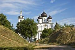 A catedral na citadela da cidade de Dmitrov, Rússia Imagens de Stock