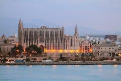 Catedral na costa de mar Palma de Majorca, Espanha Fotos de Stock Royalty Free