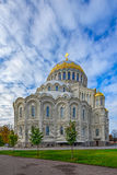 Catedral naval ortodoxa de San Nicolás en Kronstadt, cerca de Sain Imagen de archivo
