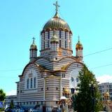 Catedral ortodoxa en Fagaras céntrico, condado de Brasov Foto de archivo