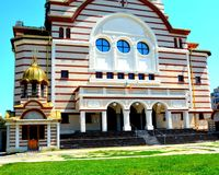 Catedral ortodoxa en Fagaras céntrico, condado de Brasov Fotografía de archivo