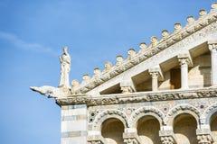 Catedral Pisa de la fachada del detalle Imagen de archivo libre de regalías