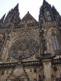 Catedral Praga de Vitus del santo Imágenes de archivo libres de regalías