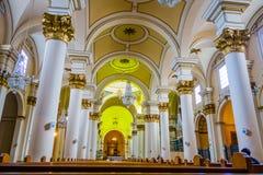 A catedral preliminar de Bogotá localizou no quadrado de Bolivar fotografia de stock
