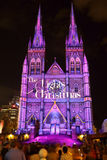 Catedral Sydney del St Marys de la exhibición de las luces de la Navidad Foto de archivo libre de regalías
