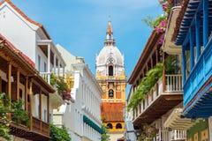 Catedral y balcones Fotos de archivo libres de regalías