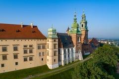 Catedral y castillo de Wawel y en Kraków, Polonia Visión aérea a Fotografía de archivo libre de regalías