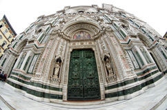 Catedrala di Santa Maria del Fiore, Giotto torn - Firenze Duomo, Italien Royaltyfri Fotografi