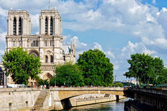 Catedrale della diga di Notre a Parigi Immagine Stock