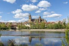 Catedrales de Salamanca España imagenes de archivo