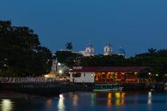 Catemaco Malecon и ресторан, космос экземпляра стоковые фото