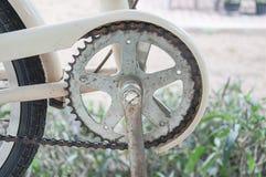 Catena arrugginita della bicicletta Immagini Stock