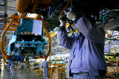 Catena di montaggio della fabbrica dell'automobile Fotografia Stock Libera da Diritti