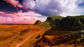 Catena di montagne di Quiraing in isola di skye video d archivio