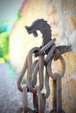 Catena e gancio dell'origine medievale, il concetto di costrizione, legame, ostacolante Fotografia Stock Libera da Diritti
