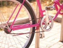 Catena e pedali della bicicletta Immagini Stock
