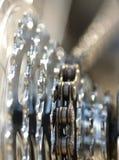 Catena ed attrezzi all'indicatore luminoso luminoso Fotografie Stock