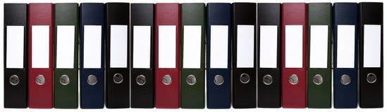 Catena lunga degli archivi dell'arco della leva dell'ufficio Immagine Stock