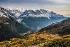 Catena montuosa con Mont Blanc - la Francia Fotografia Stock Libera da Diritti