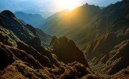 Catena montuosa della sommità fansipan dell'più alta montagna dell'Indocina Immagini Stock Libere da Diritti