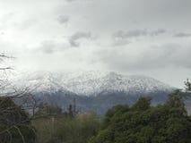 Catena montuosa della stagione invernale delle Ande fotografia stock