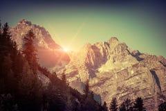 Catena montuosa di Gruppo Del Cristallo alla mattina soleggiata di estate Immagine Stock Libera da Diritti