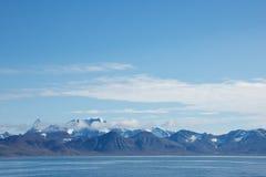 Catena montuosa in Hornsund, le Svalbard Immagine Stock