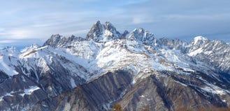 Catena montuosa nel Caucaso, Ushba di panorama Fotografia Stock Libera da Diritti
