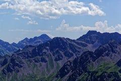 Catena montuosa nelle alpi di Allgäu in Baviera Fotografie Stock Libere da Diritti