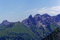 Catena montuosa nelle alpi di Allgäu in Baviera Immagini Stock Libere da Diritti