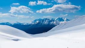 Catena montuosa veduta dalla cima del ghiacciaio Fotografie Stock