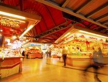 Рынок свежих продуктов Санты Caterina в Барселоне Стоковые Фотографии RF