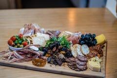 Catering - jedzenie Na talerzach Obraz Royalty Free