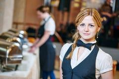 Catering usługa kelnerka na obowiązku Obrazy Stock