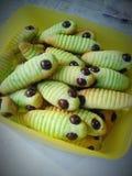 Caterpillar se apelmaza para usted fotografía de archivo libre de regalías