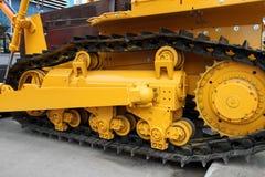 Caterpillar van een moderne tractor Stock Afbeelding