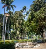 Catete-Palast-Garten, der ehemalige Präsidentenpalast bringt jetzt das Republik-Museum - Rio de Janeiro, Brasilien unter stockbild