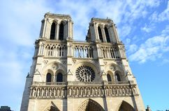 Cathédrale Notre Dame Paris Sunny Day immagini stock libere da diritti