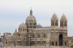 Cathédrale som Sainte-Marie-är Majeure i Frrench Marseille Arkivfoto