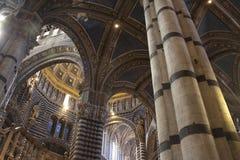 Cathédrale dans l'intérieur de Sienne Photos libres de droits
