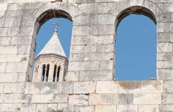 Cathédrale de rue Domnius Photo libre de droits