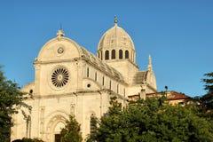 Cathédrale de rue Jacob dans Sibenik, Croatie image stock