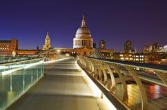 Cathédrale de rue Paul à Londres Photos libres de droits