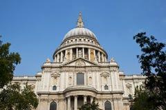 Cathédrale de rue Pauls, Londres, R-U photo libre de droits