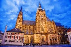Cathédrale de rue Vitus à Prague, République Tchèque Images stock