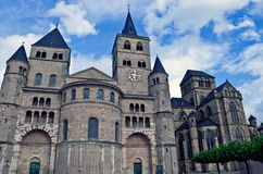 Cathédrale de saint Peter, Trier Photographie stock libre de droits